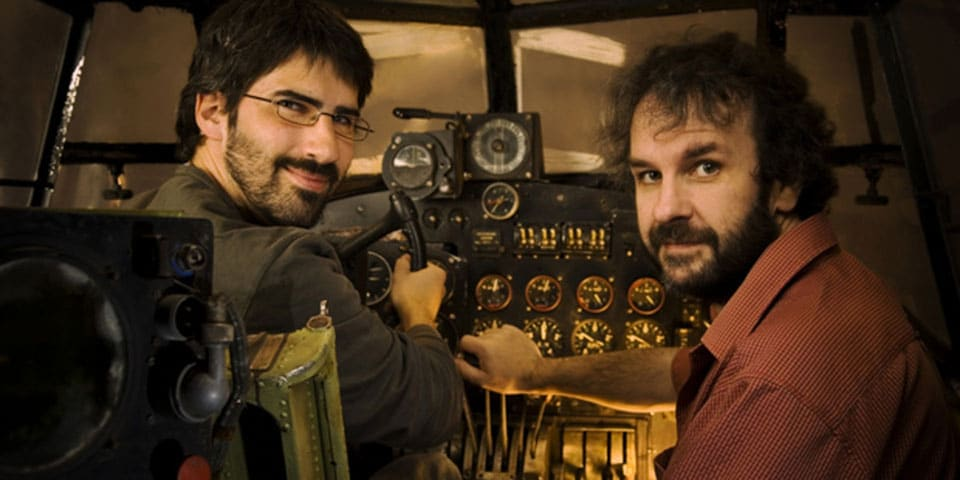 Christian Rivers et Peter Jackson aux commandes d'un avion