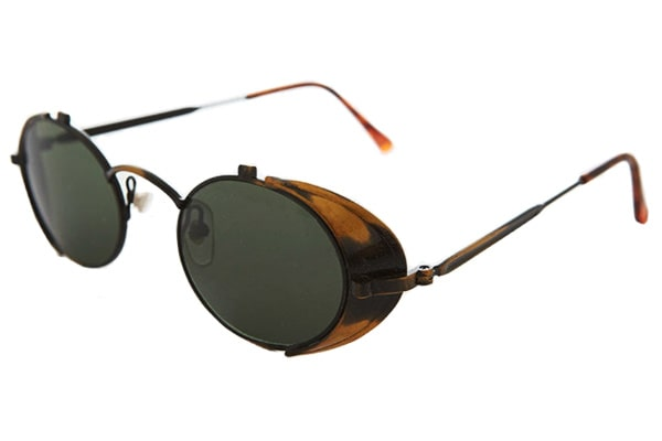 Vintage style oval glasses with non-polarized lenses